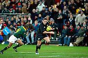 All Black Mark Hammett runs in for a try, All Blacks v South Africa, Tri-Nations, international test match rugby union. Westpac Stadium, Wellington, New Zealand. 20 July 2002. © Copyright Photo: Sandra Teddy / www.photosport.nz