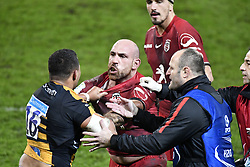 December 15, 2018 - Toulouse, France - Bagarre entre Lucas Pointud (st) vs TJ Harris  (Credit Image: © Panoramic via ZUMA Press)