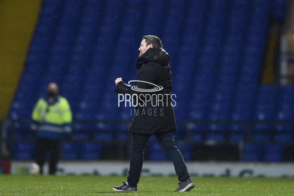 Sunderland manager Lee Johnson celebrates a win 0-1 during the EFL Sky Bet League 1 match between Ipswich Town and Sunderland at Portman Road, Ipswich, England on 26 January 2021.
