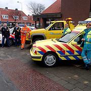 Start miniatuur expositie poltie, brandweer, ziekenauto, sleepdienst Dorresteijn Diependaalselaan Hiversum