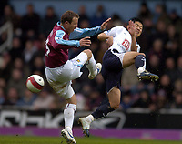 Photo: Olly Greenwood.<br />West Ham United v Tottenham Hotspur. The Barclays Premiership. 04/03/2007. Spurs Young Pyo-Lee and West Ham's Lee Bowyer