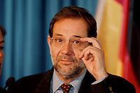 05 FEB 1998, BONN/GERMANY:<br /> Javier Solana, NATO Generalsekretär, Gespräch im Auswärtigen Amt