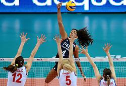 01-10-2014 ITA: World Championship Volleyball Servie - Nederland, Verona<br /> Nederland verliest met 3-0 van Servie em is uitgeschakeld voor de final 6 / Drie meter aanval Celeste Plak