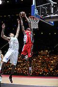 DESCRIZIONE : Championnat de France Pro A Match des champions <br /> GIOCATORE : Nduma Capela Clint Chalon Walker Ty Limoges<br /> SQUADRA : Chalon <br /> EVENTO : Pro A <br /> GARA : Chalon Limoges<br /> DATA : 20/09/2012<br /> CATEGORIA : Basketball France Homme<br /> SPORT : Basketball<br /> AUTORE : JF Molliere<br /> Galleria : France Basket 2012-2013 Action<br /> Fotonotizia : Championnat de France Basket Pro A<br /> Predefinita :