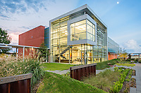 GraceHebert architects won the Baton Rouge AIA 2016 Members Choice Rose Award for their design of Cajun Industries 30,200 square foot Office Expansion project. The office expansion integrated two existing building and provided a central point of collaboration. The central plaza landscape is designed to create movement between the existing buildings while the berms and sheet pile walls provide a barrier from the nearby highway.