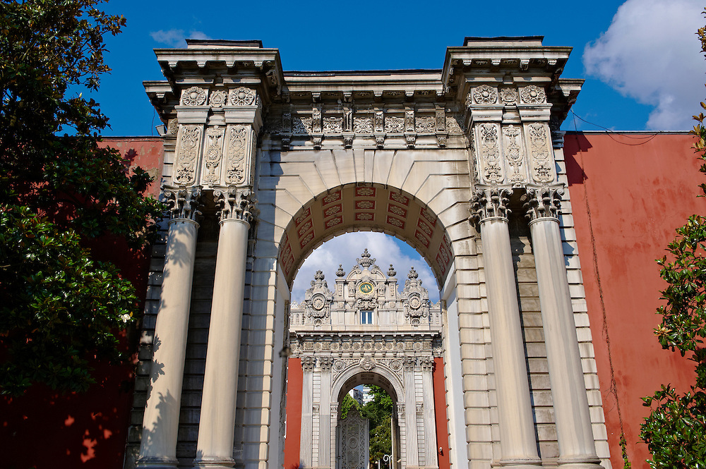 The Ottoman style eceletic mix of Baroque & neo-Classical style  Architecture of the Sultans gate of the Dolmabahçe (Dolmabahce)  Palace, built by Sultan, Abdülmecid I between 1843 and 1856. Istanbul Turkey .<br /> <br /> If you prefer to buy from our ALAMY PHOTO LIBRARY  Collection visit : https://www.alamy.com/portfolio/paul-williams-funkystock/istanbul.html<br /> <br /> Visit our TURKEY PHOTO COLLECTIONS for more photos to download or buy as wall art prints https://funkystock.photoshelter.com/gallery-collection/3f-Pictures-of-Turkey-Turkey-Photos-Images-Fotos/C0000U.hJWkZxAbg