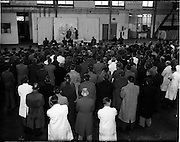 01/11/1955<br /> 11/01/1955<br /> 01 November 1955 <br /> Aer Lingus special- Mass at Dublin Airport. Mass for staff being celebrated in a hanger at Dublin Airport.