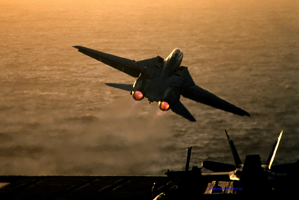 F-14 cat takeoff