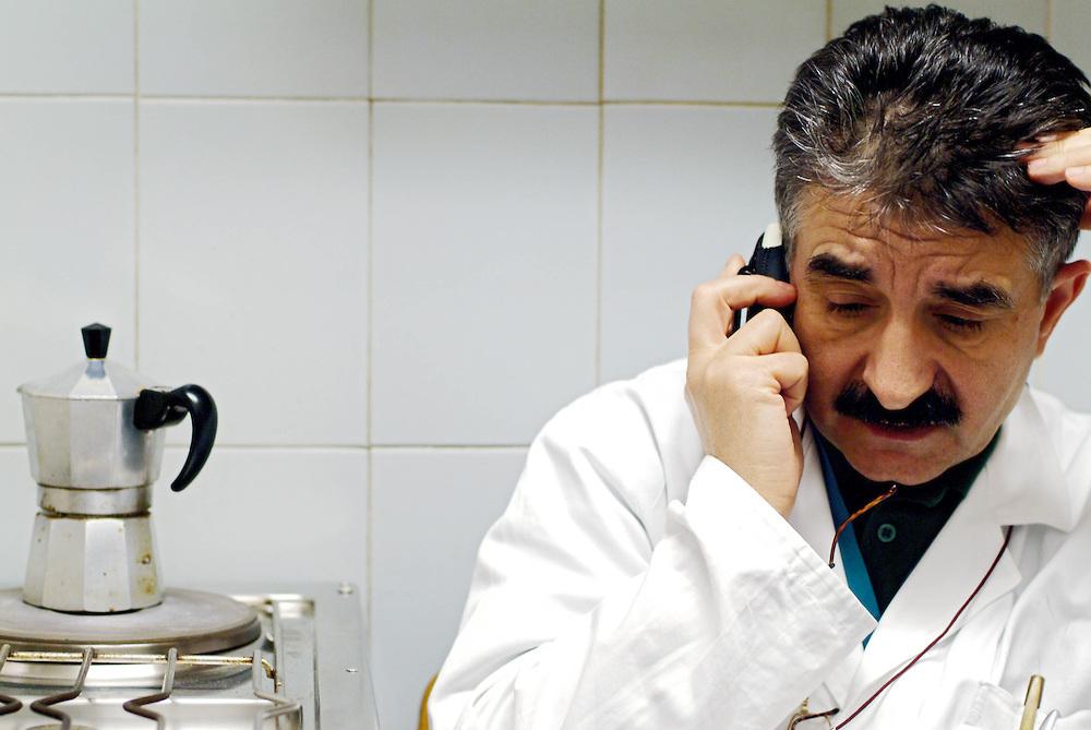 25 NOV 2005 - Gorizia - Reparto di Pronto Soccorso: il primario dott. Giuseppe Giagnorio