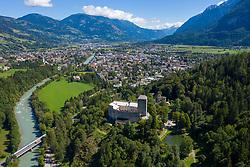 THEMENBILD - Das Schloss Bruck wurde in den Jahren 1252 bis 1277 von den Görzer Grafen errichtet und diente ihnen bis ins Jahr 1500 als Wohnsitz. Heute ist das Schloss ein Museum der Stadt Lienz und beherbergt viele Bilder des aus Lienz stammenden Malers Albin Egger-Lienz. Es werden immer wieder Kinderworkshops und Ausstellungen (z. B. die Landesausstellung 2000, die Osttirol, Brixen und Trentino umfasste) durchgeführt. Die Umgebung des Schlosses mit dem malerischen Wäldchen um einen kleinen Teich nahe dem Tor ist ein beliebtes Gebiet für Spaziergänge und Ausgangspunkt vieler Wanderwege. Das Schloss ist von Mitte Mai bis Ende Oktober geöffnet. 2007 erhielt das Museum den Tiroler Museumspreis. Aufgenommen am Dienstag 3. September 2019 in Lienz // Schloss Bruck was built between 1252 and 1277 by the Counts of Gorizia and served as their residence until 1500. Today, the castle is a museum of the city of Lienz and houses many pictures of the painter Albin Egger-Lienz from Lienz. There are always children's workshops and exhibitions (eg the national exhibition 2000, which included Osttirol, Bressanone and Trentino). The surroundings of the castle with the picturesque grove around a small pond near the gate is a popular area for walks and starting point of many hiking trails. The castle is open from mid-May to the end of October. In 2007, the museum received the Tyrolean Museum Prize. Taken on Tuesday, September 3, 2019 in Lienz. EXPA Pictures © 2019, PhotoCredit: EXPA/ Johann Groder