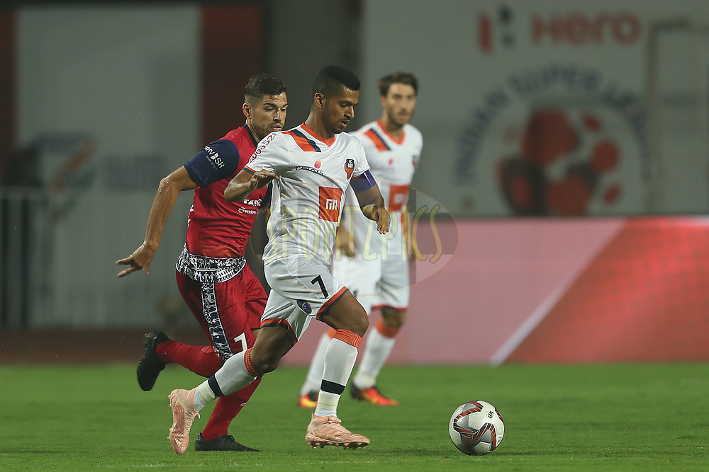 Mandar Rao Dessai of FC Goa during match 25 of the Hero Indian Super League 2018 ( ISL ) between Jamshedpur FC and FC Goa held at JRD Tata Sports Complex, Jamshedpur, India on the 1st November  2018<br /> <br /> Photo by: Ron Gaunt /SPORTZPICS for ISL