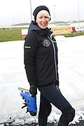 Leden van de koninklijke familie nemen deel aan de tweede editie van De Hollandse 100 op FlevOnice, een sportief evenement van fonds Lymph&Co ter ondersteuning van onderzoek naar lymfeklierkanker. <br /> <br /> Members of the royal family take part in the second edition of the Dutch 100 on FlevOnice, a sporting event Lymph & Co fund to support research into lymphoma.<br /> <br /> Op de foto / On the photo:  Monique des Bouvrie