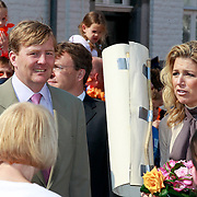 NLD/Thorn/20110430 - Koninginnedag 2011 in Thorn, Willem - Alexander en partner  Maxima