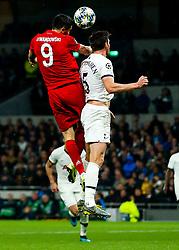 Robert Lewandowski of Bayern Munich and Jan Vertonghen of Tottenham Hotspur - Rogan/JMP - 01/10/2019 - FOOTBALL - Tottenham Hotspur Stadium - London, England - Tottenham Hotspur v Bayern Munich - UEFA Champions League Group B.