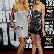 MON/Monte Carlo/20100512 - World Music Awards 2010, Victoria Silvstedt en Karolina Kurkova