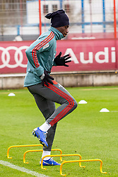 14.03.2019, Säbener Strasse, Muenchen, GER, 1. FBL, FC Bayern Muenchen vs 1. FSV Mainz 05, Training, im Bild Alphonso Davies (FC Bayern) // during a trainings session before the German Bundesliga 26th round match between FC Bayern Muenchen and 1. FSV Mainz 05 at the Säbener Strasse in Muenchen, Germany on 2019/03/14. EXPA Pictures © 2019, PhotoCredit: EXPA/ Lukas Huter