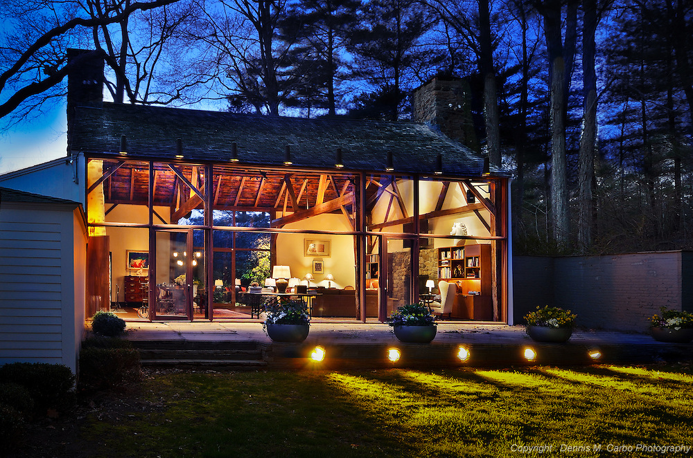 Tremaine Estate - Glass Guest House, by architect Philip Johnson