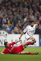 10/3/2004 Madrid, Spain.<br />Champions League,  8round, 2 Leg.<br />R.Madrid 1 - Bayern 0<br />R.Madrid's Figo in duel with Bayern's Lizarazu at Santiago Bernabeu's Stadium.<br />© 2004 Alejandro leon Fernandez