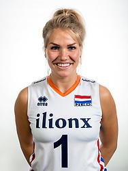 22-05-2017 NED: Nederlands volleybalteam vrouwen, Utrecht<br /> Photoshoot met Oranje vrouwen seizoen 2017 / Kirsten Knip #1