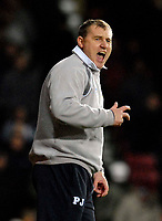 Photo: Alan Crowhurst.<br />West Ham United v Wigan Athletic. The Barclays Premiership. 06/12/2006. Wigan coach Paul Jewell urges his team on.