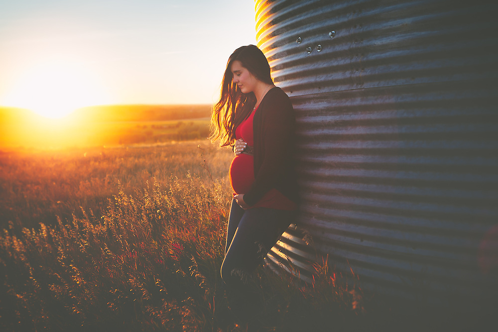 Maternity Photography by Connie Roberts Photography