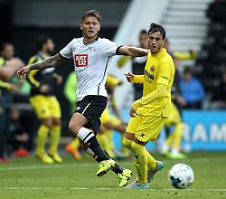 Derby County's Jeff Hendrick passes the ball - Mandatory by-line: Robbie Stephenson/JMP - 07966386802 - 29/07/2015 - SPORT - FOOTBALL - Derby,England - iPro Stadium - Derby County v Villarreal CF - Pre-Season Friendly