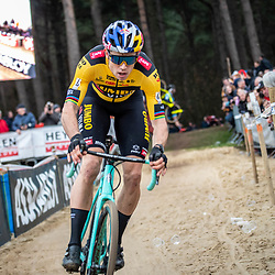 2020-02-08 Cycling: dvv verzekeringen trofee: Lille: Wout van Aert showing determination