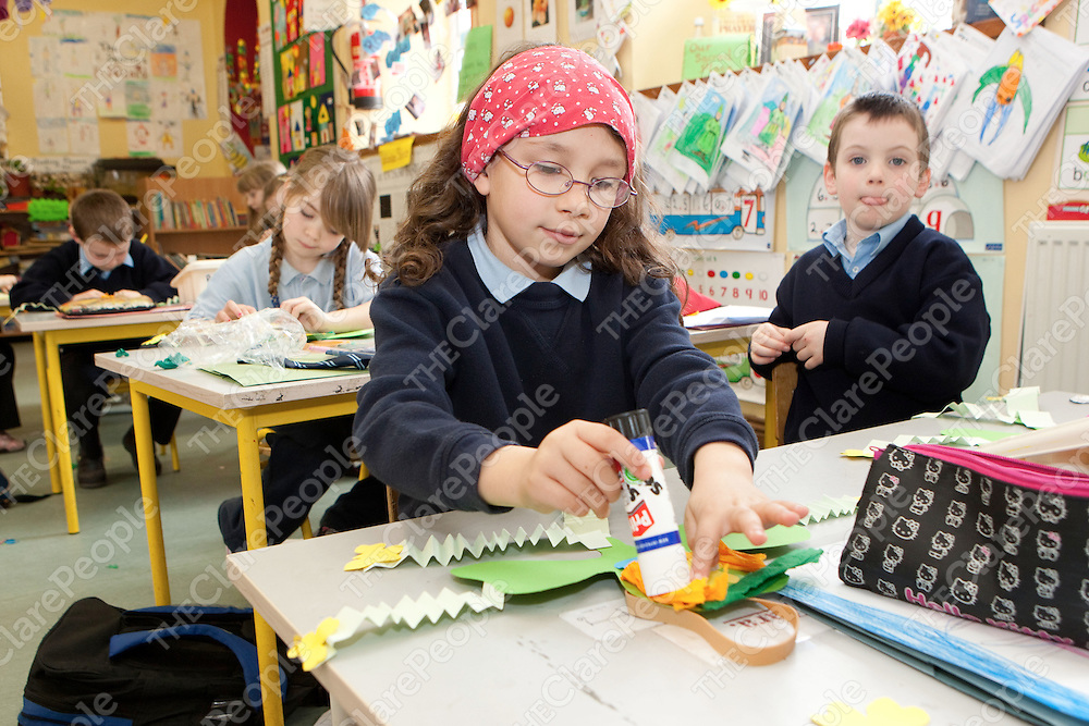 Zara Griffin making a Shamrock for St Patricks day  in Mullagh National School Mullagh Co.Clare.<br /> Pictured Credit Brian Gavin Press 22