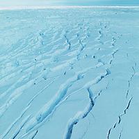"""Wordi iceshelf collapsing due to heating up of Antarctica (climate change).<br /> Brueche in der""""Wordi"""" Eisplatte auf Grund von globaler Klimaerwaehrmung."""