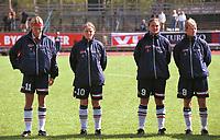 Marianne Pettersen, Unni Lehn, Ingrid Camilla Fosse Sæthre, Dagny Mellgren. Kvinnefotball: Norge - Portugal 5-0, EM-kvalifisering, kvinnelandslaget 2000, 7. mai 2000. (Foto: Peter Tubaas)