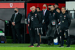 SWANSEA, WALES - Thursday, November 12, 2020: Wales' assistant coach Robert Page, who stands in for manager Ryan Giggs after he was arrested on suspicion of assault, stands for the national anthem before an International Friendly match between Wales and the USA at the Liberty Stadium. (Pic by David Rawcliffe/Propaganda)