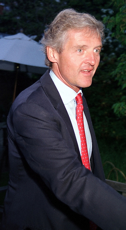 COUNT LEOPOLD VON BISMARCK at a dinner <br /> in London on 22nd May 2000.OEK 69