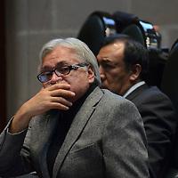 Toluca, México ( Octubre 27, 2016).- Víctor Manuel Bautista, Diputado Local por el PRD. durante la sesión del primer periodo ordinario del segundo en la Cámara de diputado del Estado de México. Agencia MVT / Arturo Hernández.