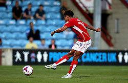 Bobby Reid of Bristol City scores a goal against Scunthorpe United - Mandatory by-line: Robbie Stephenson/JMP - 23/08/2016 - FOOTBALL - Glanford Park - Scunthorpe, England - Scunthorpe United v Bristol City - EFL Cup second round