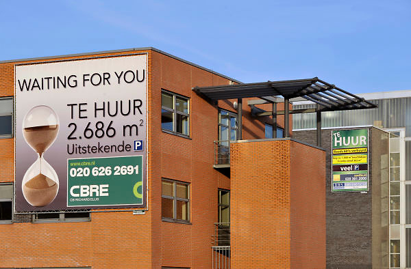 Nederland, Amsterdam, 17-1-2012Kantoorruimte wordt te huur aangeboden in amsterdam zuid-oost.Foto: Flip Franssen/Hollandse Hoogte