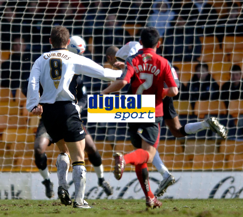 Photo: Glyn Thomas.<br />Port Vale v Swansea City. Coca Cola League 1. 08/04/2006.<br />Port Vale's Leon Constantine heads in his side's third goal.