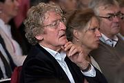 Laureaat De Gouden Ganzenveer 2015 voor Geert Mak. De prijs wordt - zo mogelijk jaarlijks - toegekend aan een persoon of instituut vanwege zijn of haar grote betekenis voor het geschreven en gedrukte woord in Nederland.