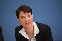 DEU, Deutschland, Germany, Berlin, 14.03.2016: Dr. Frauke Petry, Vorsitzende der Partei Alternative für Deutschland (AfD), in der Bundespressekonferenz zu den Auswirkungen der Landtagswahlen auf die Bundespolitik.