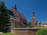 Zespół kolegiaty z późnogotycka dzwonnica zXV w. <br /> A collegiate church of late Gothic belfry from the 15th century.