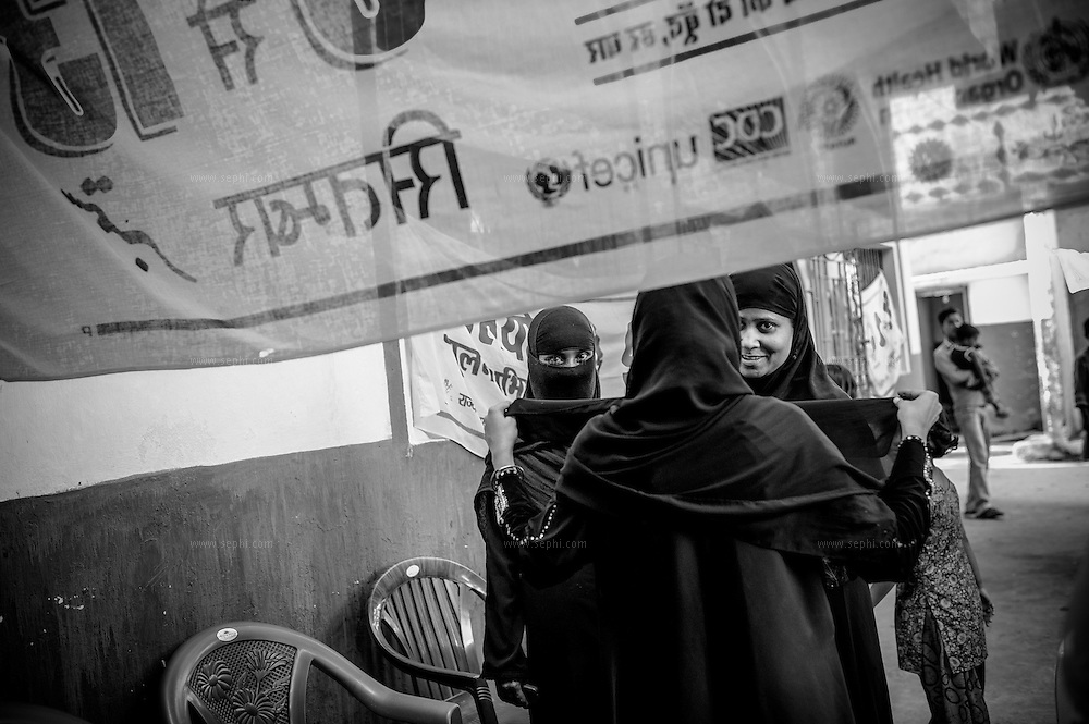 Muslim vaccinators getting ready for the round at a muslim neighborhood in Patna.