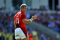 Tom May (London Welsh) issues instructions to his backline - Photo mandatory by-line: Patrick Khachfe/JMP - Mobile: 07966 386802 06/09/2014 - SPORT - RUGBY UNION - Oxford - Kassam Stadium - London Welsh v Exeter Chiefs - Aviva Premiership
