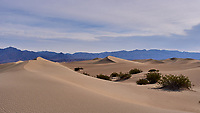 Mesquite Flats Sand Dunes. Death Valley National Park. Image taken with a Leica X1 camera (ISO 100, 24 mm, f/6.3, 1/1000 sec).