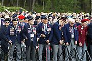Herdenking op de Canadese Begraafplaats in Holten<br /> <br /> Op de foto: Canadese Veteranen