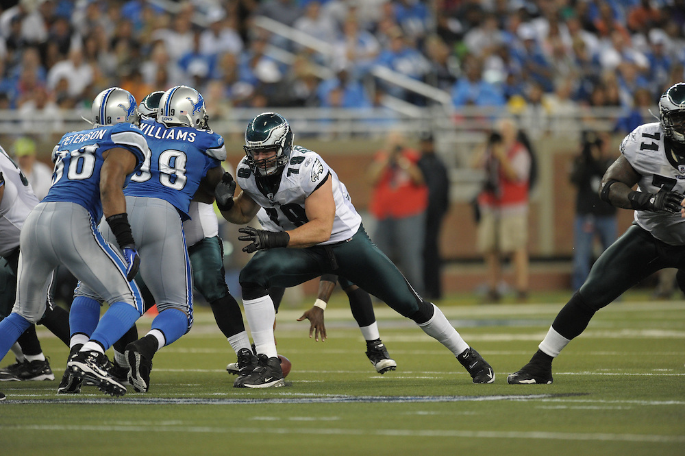 DETROIT - SEPTEMBER 19: Guard Todd Herremans #79 of the Philadelphia Eagles blocks during the game against the Detroit Lions on September 19, 2010 at Ford Field in Detroit, Michigan. (Photo by Drew Hallowell/Getty Images)  *** Local Caption *** Todd Herremans