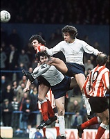 Fotball<br /> Foto: Colorsport/Digitalsport<br /> NORWAY ONLY<br /> <br /> Sam Allardyce (Bolton) Bolton Wanderers v Sunderland. 1974/75.  31/3/75