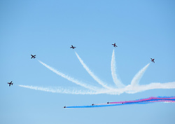 June 18, 2017 - Weston-Super-Mare, North Somerset, UK - Weston super Mare, North Somerset, UK.  Weston super Mare beach and Airshow 2017 including the Red Arrows. Picture credit : Simon Chapman/LNP (Credit Image: © Simon Chapman/London News Pictures via ZUMA Wire)