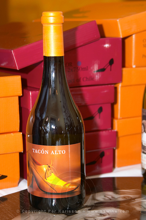 Tacon Alto shoe boxed wine made by the owners of Chateau de Jau. Colchagua, Chile.