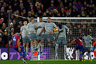 Luka Milivojevic of Crystal Palace takes a shot at goal from a free kick but sees it blocked by the Everton wall. Premier League match, Crystal Palace v Everton at Selhurst Park in London on Saturday 18th November 2017.<br /> pic by Steffan Bowen, Andrew Orchard sports photography.