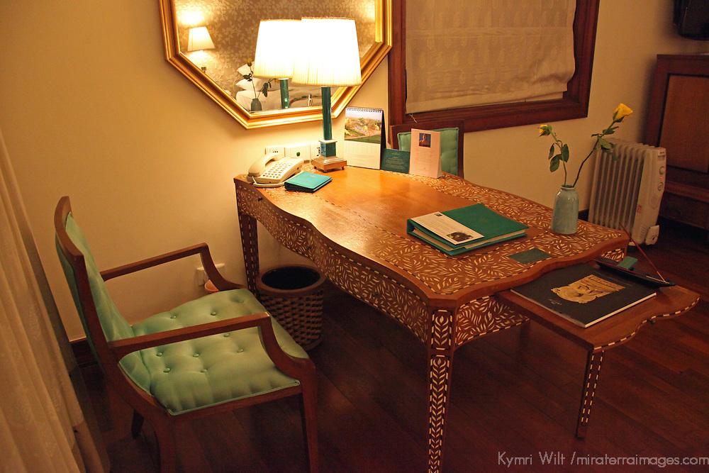 Asia, India, Agra. Room at Oberoi Amarvilas Luxury Hotel.