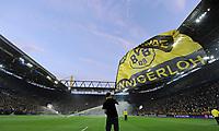 Fotball<br /> Tyskland<br /> 24.04.2013<br /> Foto: Witters/Digitalsport<br /> NORWAY ONLY<br /> <br /> Fahnenschwenker im Signal Iduna Park<br /> Fussball Champions League, Halbfinale Hinspiel, Borussia Dortmund - Real Madrid 4:1